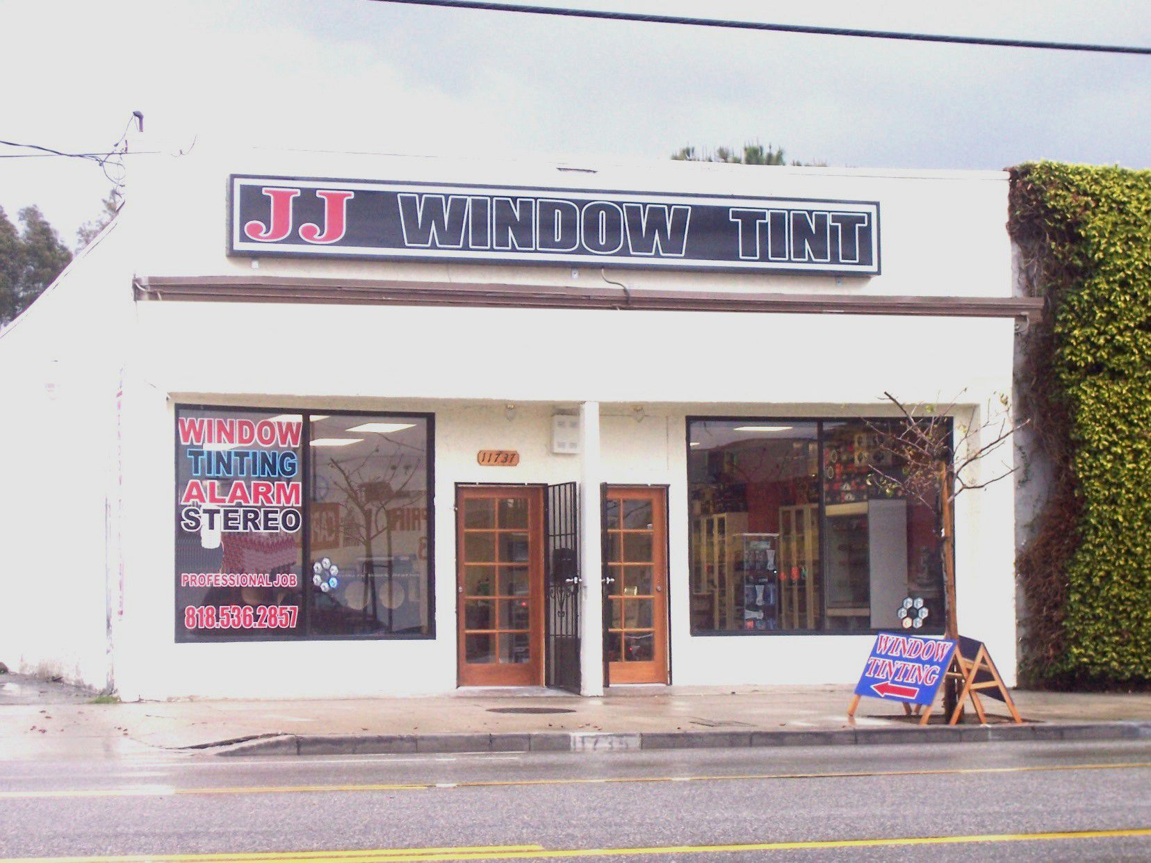 JJ Window Tinting for home, car and office In North Hollywood, Ca